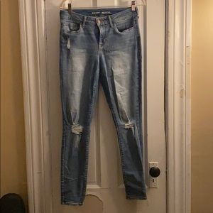 Old Navy Rockstar Distressed Jeans - Size 6